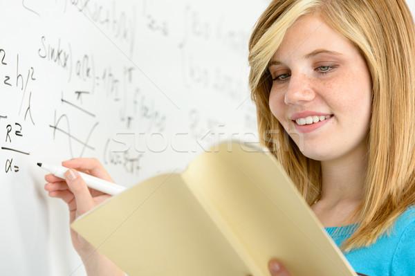 студент девушки Дать математика глядя Сток-фото © CandyboxPhoto