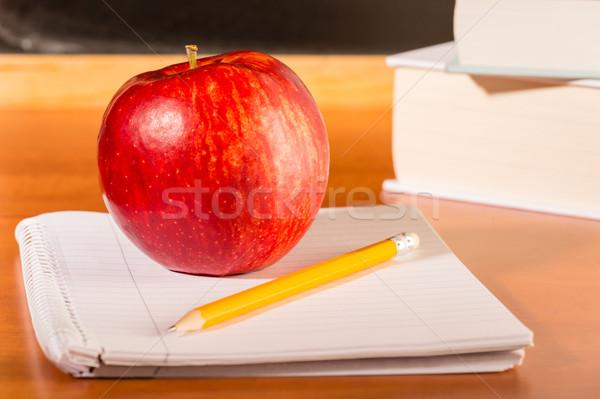 академический образование традиционный студентов столе яблоко Сток-фото © CandyboxPhoto