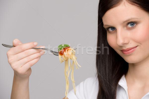 Cucina italiana sani donna mangiare spaghetti salsa Foto d'archivio © CandyboxPhoto