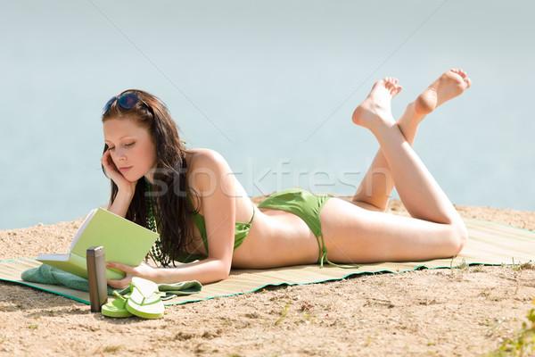 Nyár tengerpart nő pihen könyv bikini Stock fotó © CandyboxPhoto