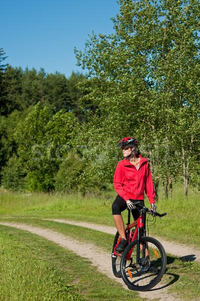 Jonge vrouw mountainbike natuur boom voorjaar Stockfoto © CandyboxPhoto