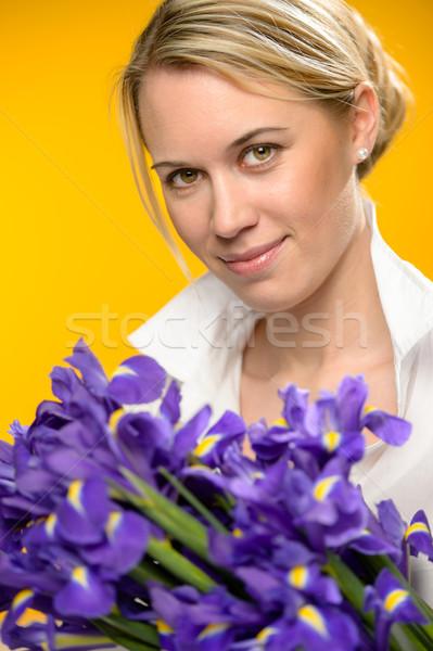 Nő tavaszi virágok lila írisz citromsárga virág Stock fotó © CandyboxPhoto