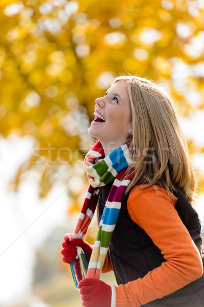беззаботный смеясь молодые блондинка девушки осень Сток-фото © CandyboxPhoto