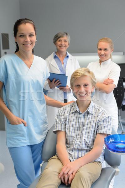 Equipo dentistas adolescente paciente nino cirugía dental Foto stock © CandyboxPhoto
