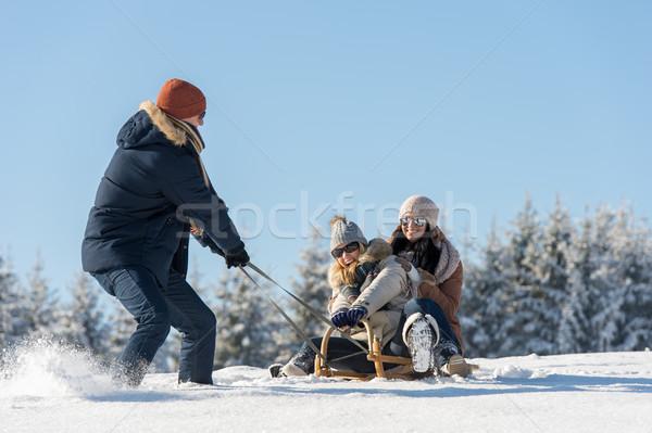 若い男 女の子 冬 そり 雪 ストックフォト © CandyboxPhoto