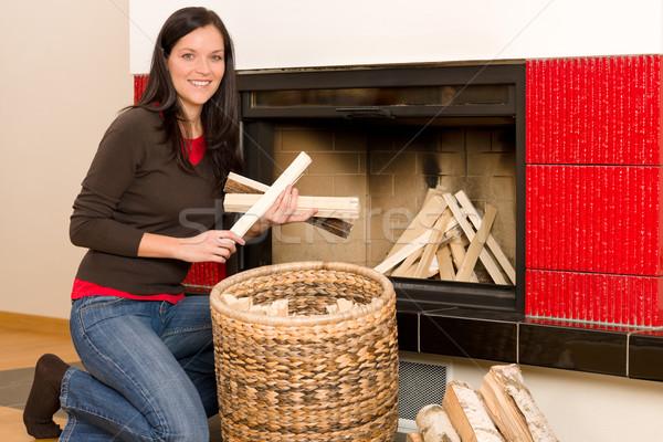 Stok fotoğraf: Ev · şömine · kadın · mutlu · kış · genç · kadın