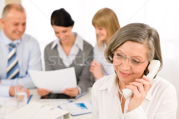 Zespół firmy spotkanie wykonawczej starszy kobieta kobieta interesu Zdjęcia stock © CandyboxPhoto