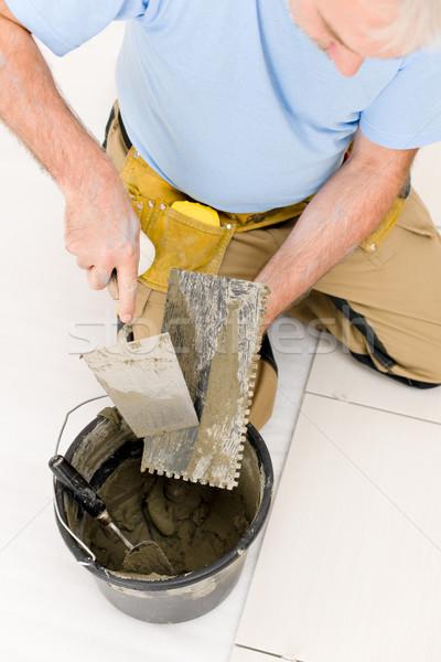 What type of trowel for floor tile
