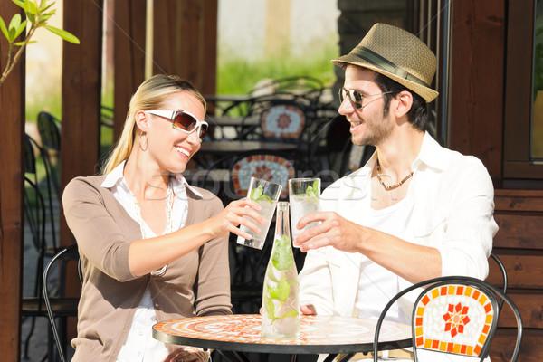 Restaurant terras elegante paar drinken Stockfoto © CandyboxPhoto