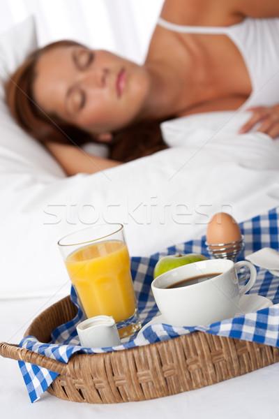 若い女性 朝食 ベッド 寝 コーヒー ストックフォト © CandyboxPhoto