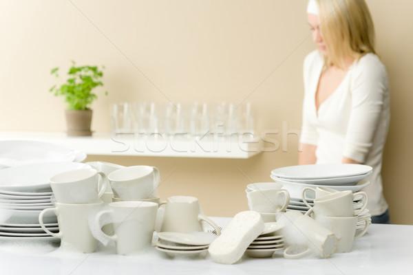 Photo stock: Modernes · cuisine · heureux · femme · pause