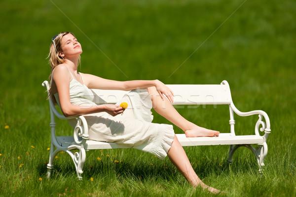 Stock fotó: Tavasz · nyár · fiatal · nő · megnyugtató · legelő · fehér