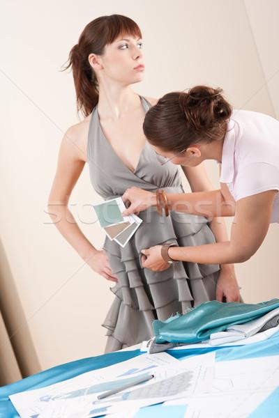 Stok fotoğraf: Model · kadın · moda · tasarımcı · gri · elbise