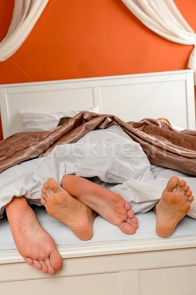 Couple pieds nus lit amour pieds jeunes Photo stock © CandyboxPhoto