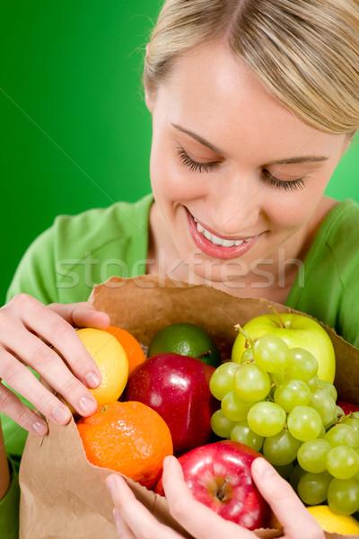 Photo stock: Femme · fruits · Shopping · vert