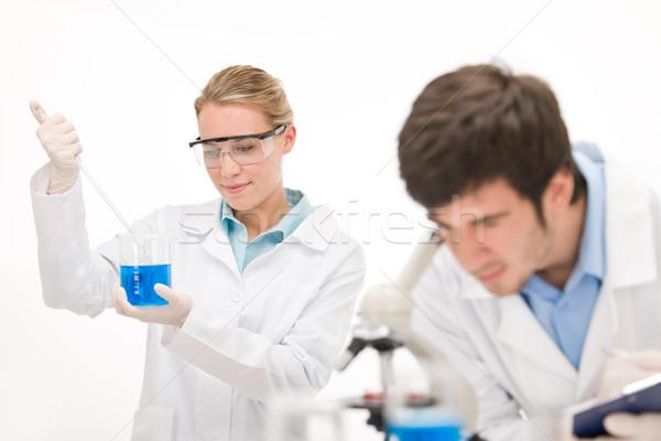 Zdjęcia stock: Grypa · wirusa · eksperyment · naukowiec · laboratorium · mikroskopem