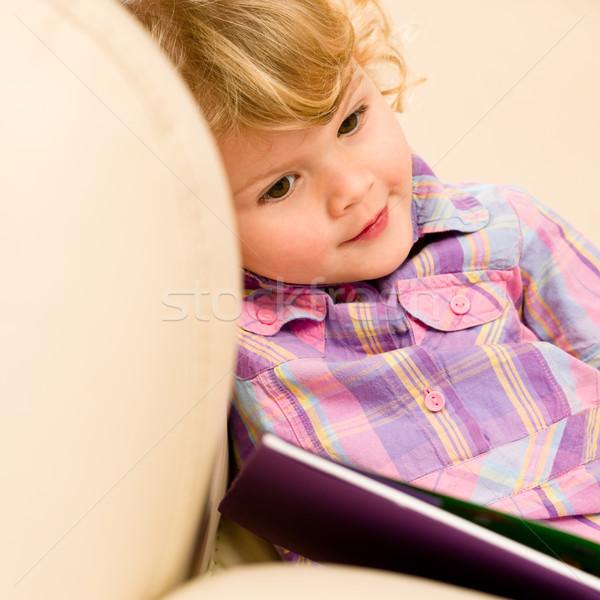 ストックフォト: 女の子 · 図書 · 見える · 写真 · かわいい · 笑顔
