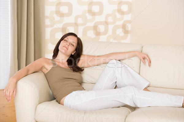 Сток-фото: расслабиться · Lounge · диван · женщину · домой