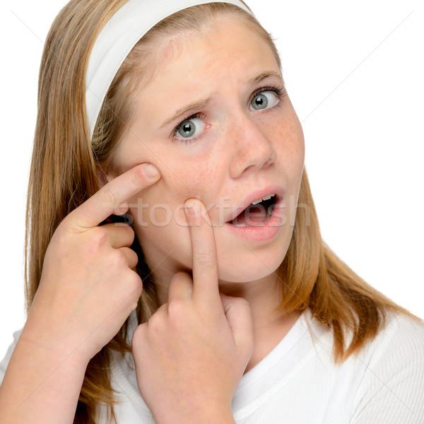 Tienermeisje naar huid puistje gezicht problemen Stockfoto © CandyboxPhoto