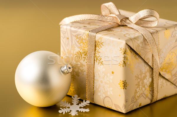 Noel sunmak önemsiz şey altın gümüş top Stok fotoğraf © CandyboxPhoto