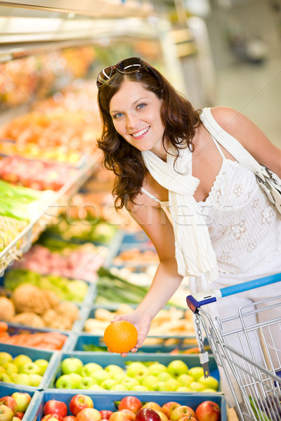 épicerie femme souriante Shopping choisir fruits Photo stock © CandyboxPhoto