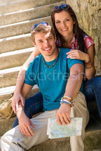 Photo stock: Heureux · séance · escaliers · souriant