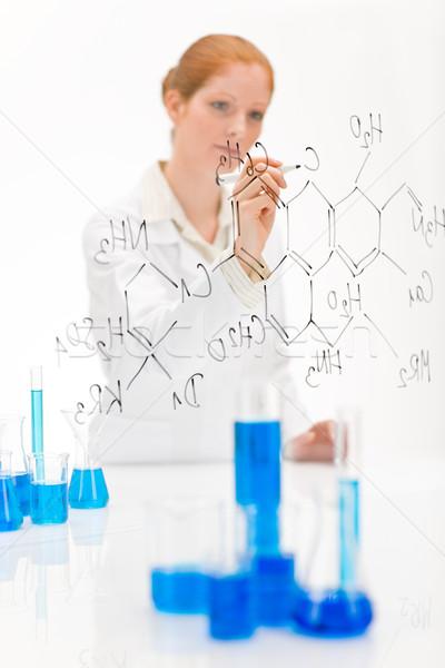 Stockfoto: Vrouw · wetenschapper · laboratorium · schrijven · chemische · formule