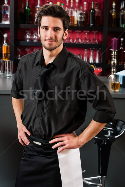 Professionele barman zwarte permanente bar portret Stockfoto © CandyboxPhoto