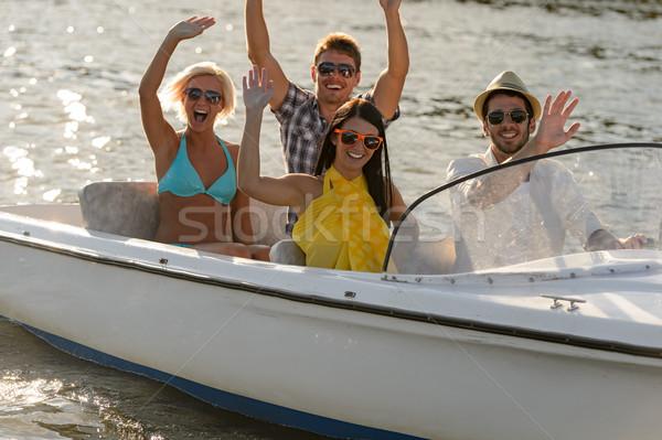 Jovens sessão lancha óculos de sol verão Foto stock © CandyboxPhoto