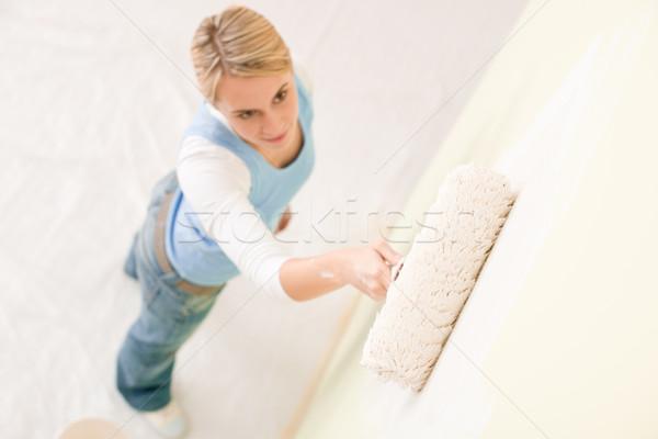 Stock fotó: Lakásfelújítás · festmény · fal · nő · boldog · otthon