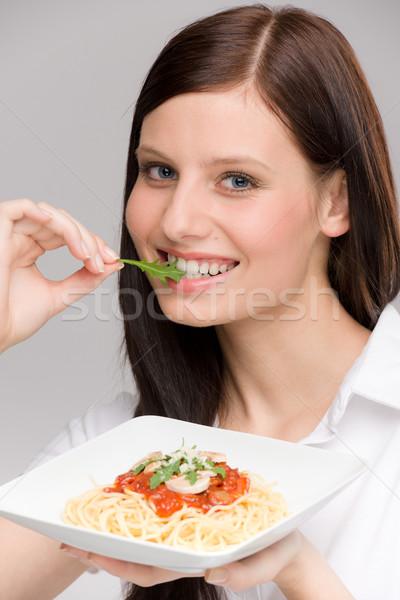 Сток-фото: итальянской · кухни · портрет · здорового · женщину · спагетти · есть