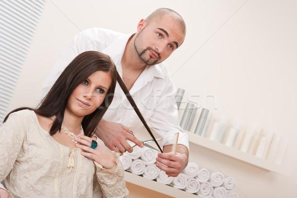 Foto d'archivio: Professionali · parrucchiere · taglio · forbici · salone · maschio