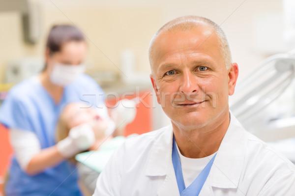 成熟した 歯科 外科医 オフィス 肖像 ポーズ ストックフォト © CandyboxPhoto