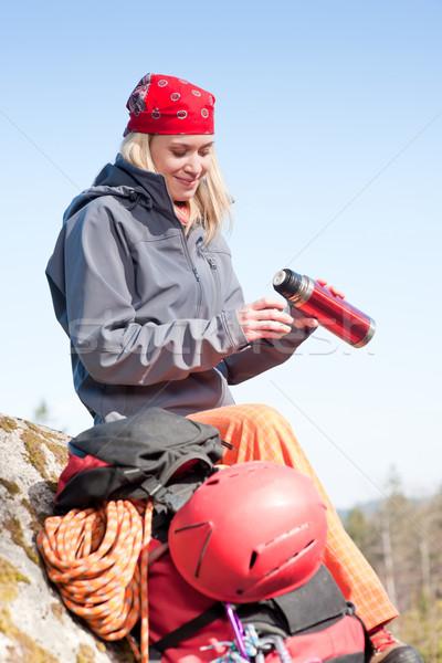 Aktív nő hegymászás fiatal nő pihen boldog Stock fotó © CandyboxPhoto