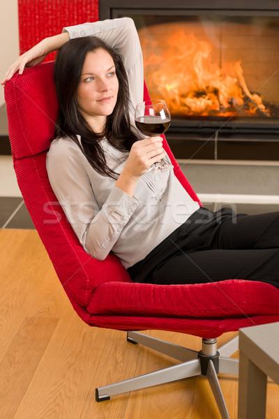 Foto stock: Inverno · casa · lareira · mulher · vidro · vinho · tinto
