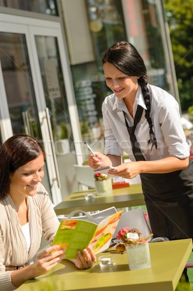 ストックフォト: ウエートレス · 注文 · カフェ · バー · メニュー