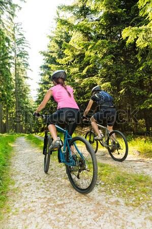 Donna equitazione bike sereno ciclismo percorso Foto d'archivio © CandyboxPhoto