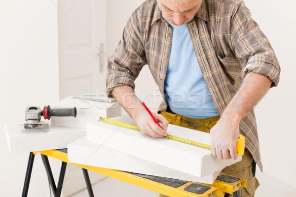 Melhoramento da casa handyman medir tijolo oficina interior Foto stock © CandyboxPhoto