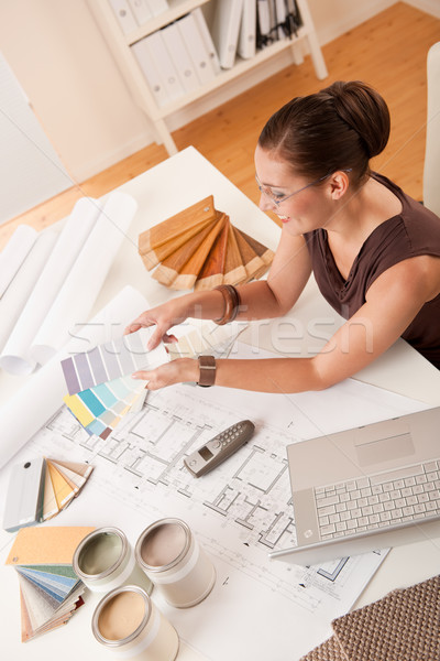 Kadın iç mimar renk dizüstü bilgisayar ofis dizayn Stok fotoğraf © CandyboxPhoto