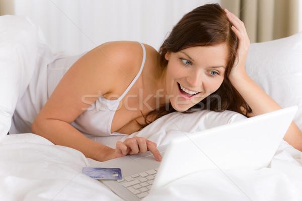 Ev online alışveriş kadın kredi kartı beyaz Stok fotoğraf © CandyboxPhoto