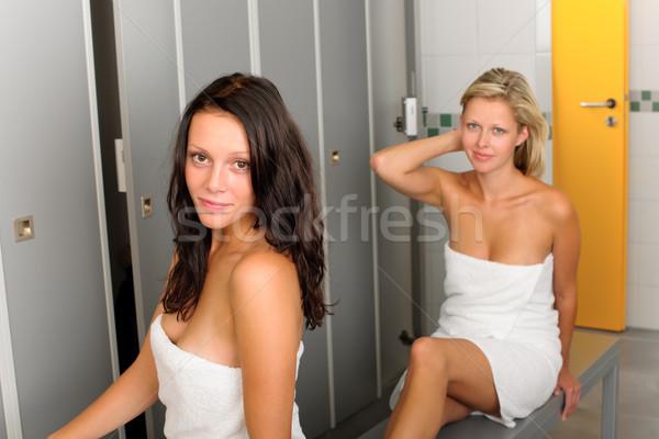 раздевалка два женщины полотенце привлекательный Сток-фото © CandyboxPhoto