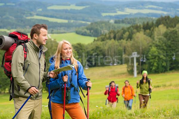 молодые Туристов чтение карта природного пейзаж Сток-фото © CandyboxPhoto
