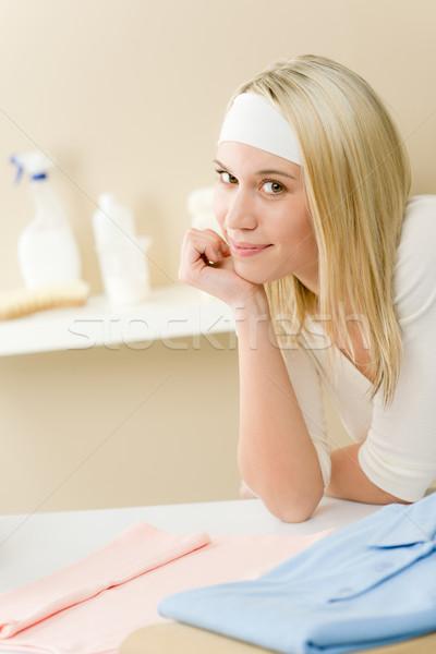Buanderie femme pause ménage maison Photo stock © CandyboxPhoto