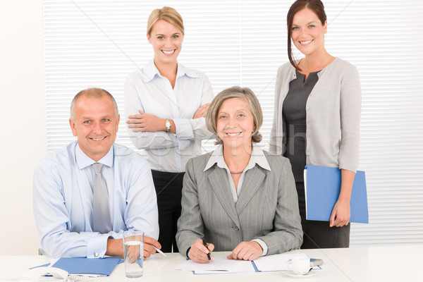 Сток-фото: бизнес-команды · довольно · предпринимателей · коллеги · привлекательный · счастливым