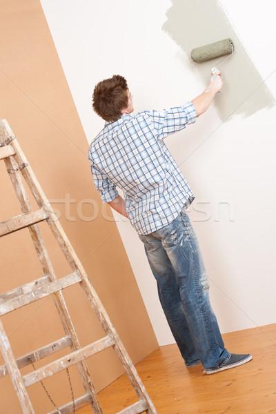 Melhoramento da casa moço pintar casa quarto pintor Foto stock © CandyboxPhoto