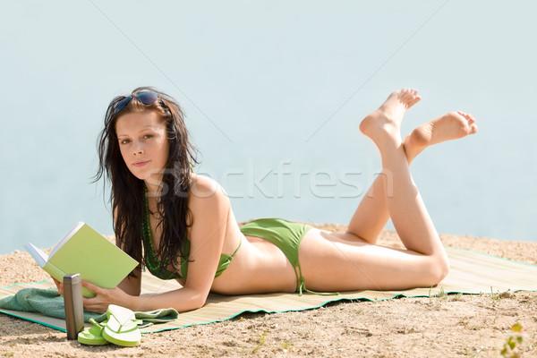 Estate spiaggia donna relax libro bikini Foto d'archivio © CandyboxPhoto