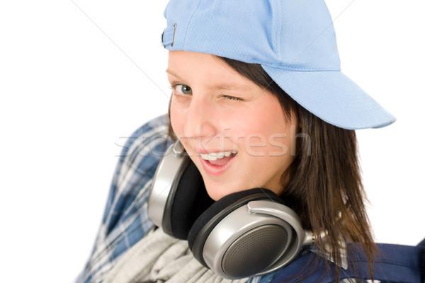 улыбаясь подростку девушки наслаждаться музыку наушники Сток-фото © CandyboxPhoto