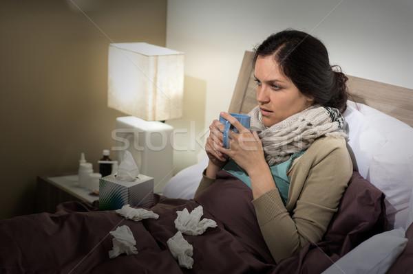 Сток-фото: кавказский · женщину · плохо · холодно · сидят · кровать