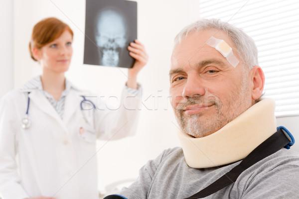 Lekarza biuro starszy pacjenta lekarz xray Zdjęcia stock © CandyboxPhoto