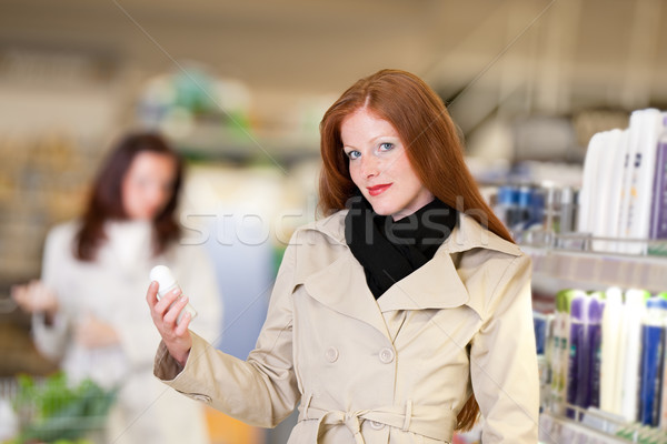 Compras mulher desodorante farmácia Foto stock © CandyboxPhoto